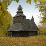 Greek Catholic wooden Church of St. Nicolas the Bishop at Ruská Bytrá (photo by Peter Fratrič)