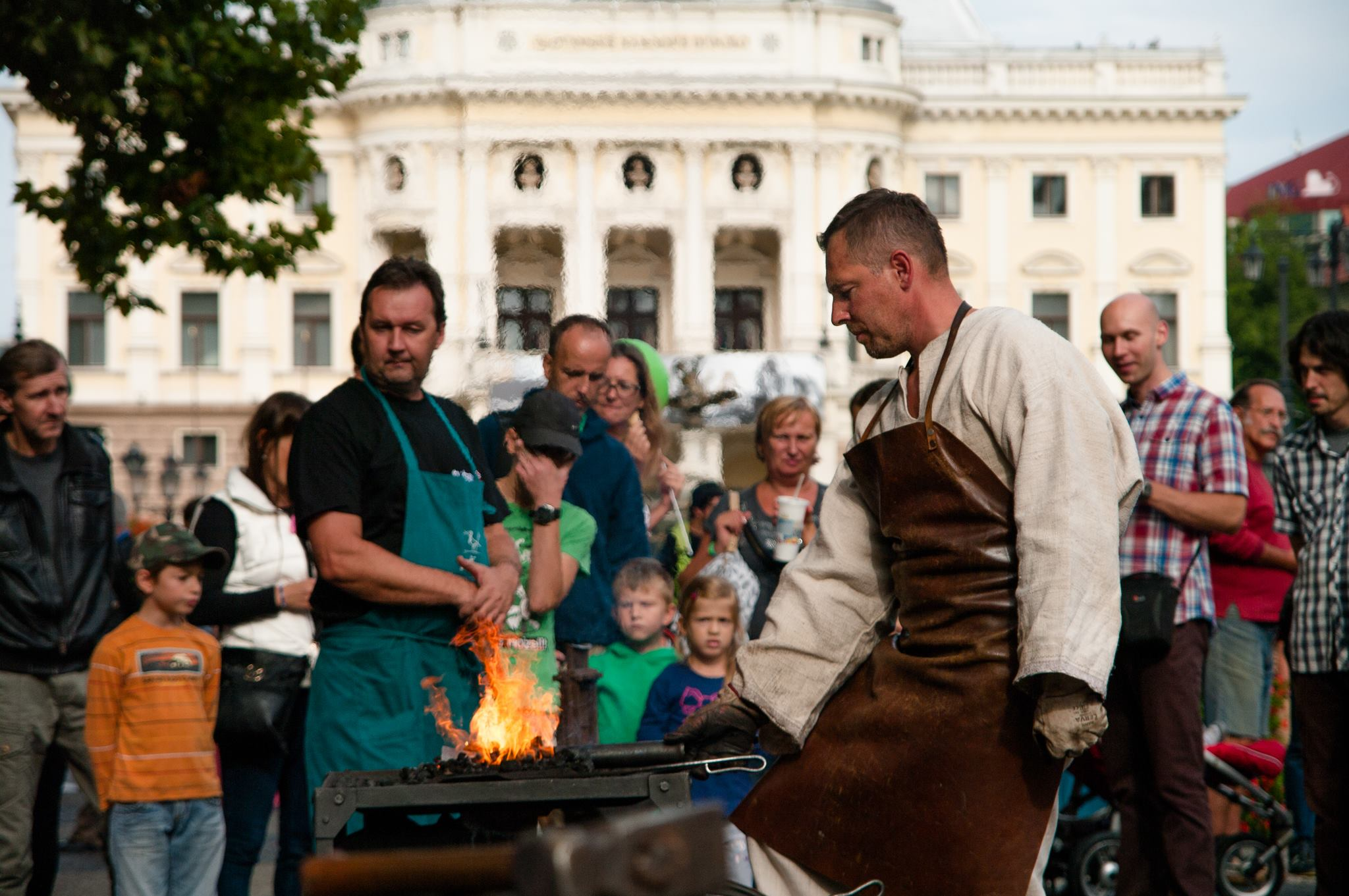 """Craft demonstration annually attracts domestic and foreign guests – festival """"Craftmen Days ÚĽUV"""" (photo by Centre for folk Art Production)"""