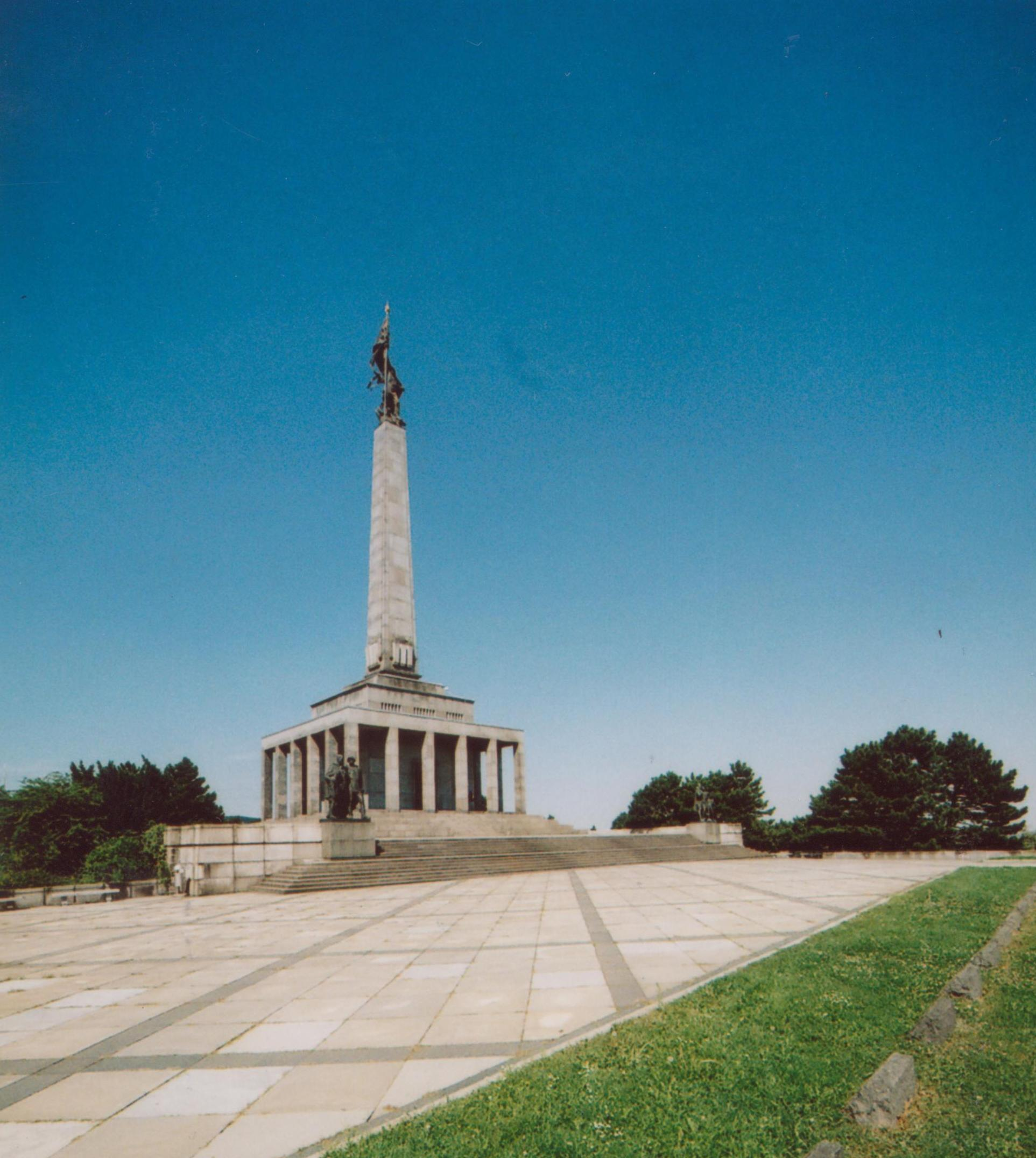 Slavín, memorial and cemetery, Bratislava (Monuments Board of the SR Archive, photo by J. Müller)