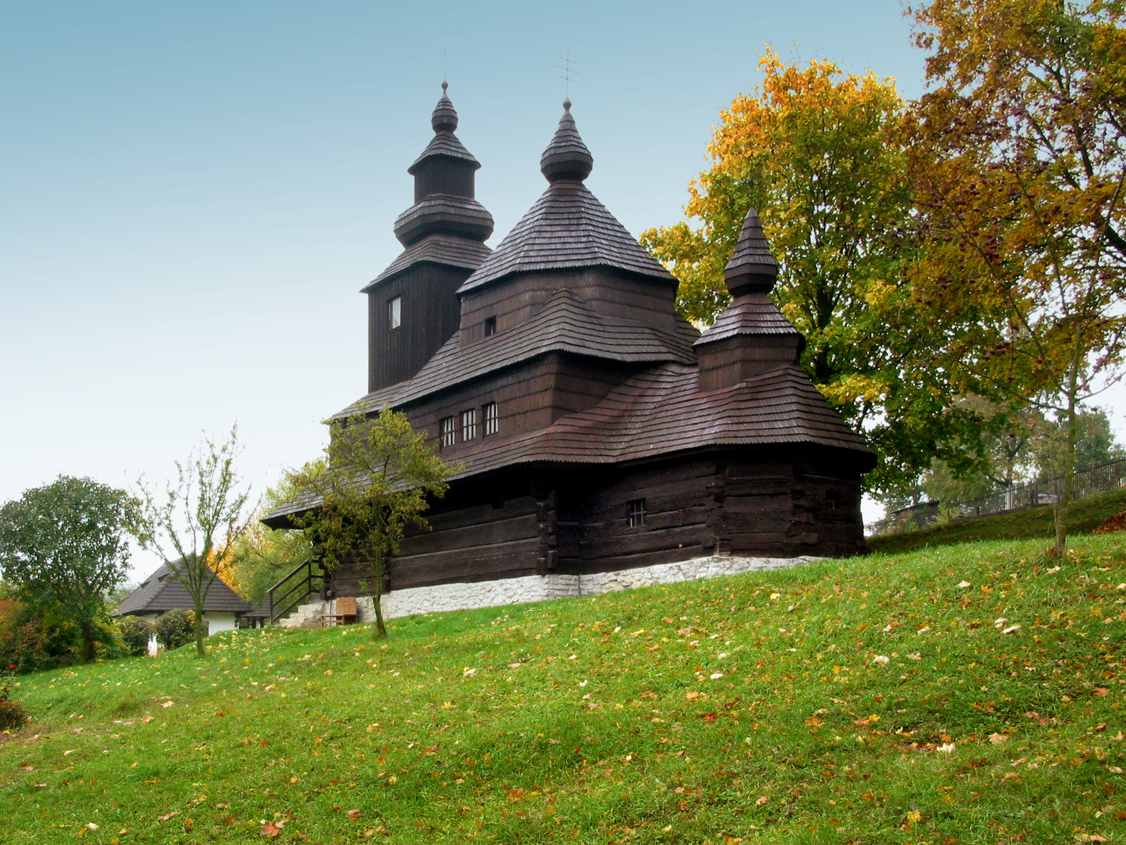 Greek Catholic Wooden Church of St Michael the Archangel, Humenné (Monuments Board of the SR Archive, photo by Peter Fratrič)