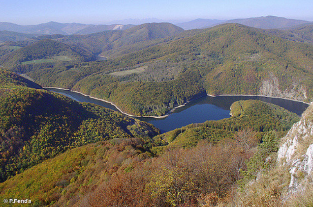 Black Mountain and Ružín reservoir, view from Sivec mountain, Volovec Mountains (photo by Peter Fenďa)