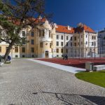 Courtyard of Grammar School on Grösslingová street in Bratislava (photo by Daniel Veselský)
