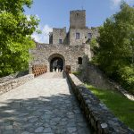 Access Path, Strečno Castle (source by VirtualTravel.sk, https://www.virtualtravel.sk/en/panorama/zilina-region/strecno/strecno-castle/access-path/)