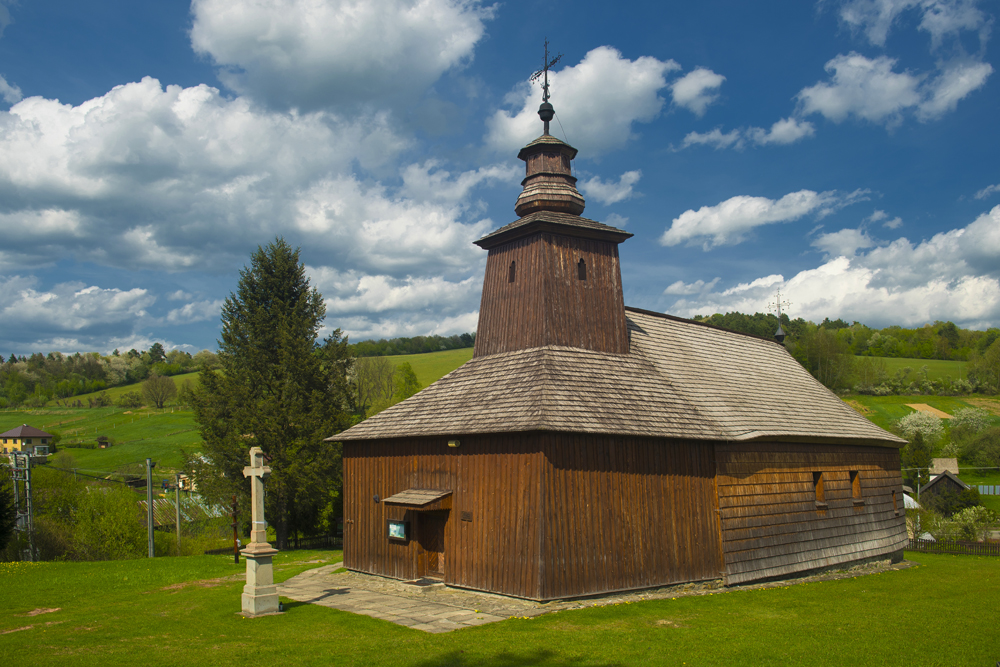Eastern Orthodox Wooden Church of St Luke the Evangelist at Krivé (photo by Jano Štovka, MQEP)