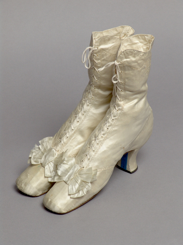 Women's silk shoes, last third of the 19th century (source: Slovak National Museum - Historical Museum)
